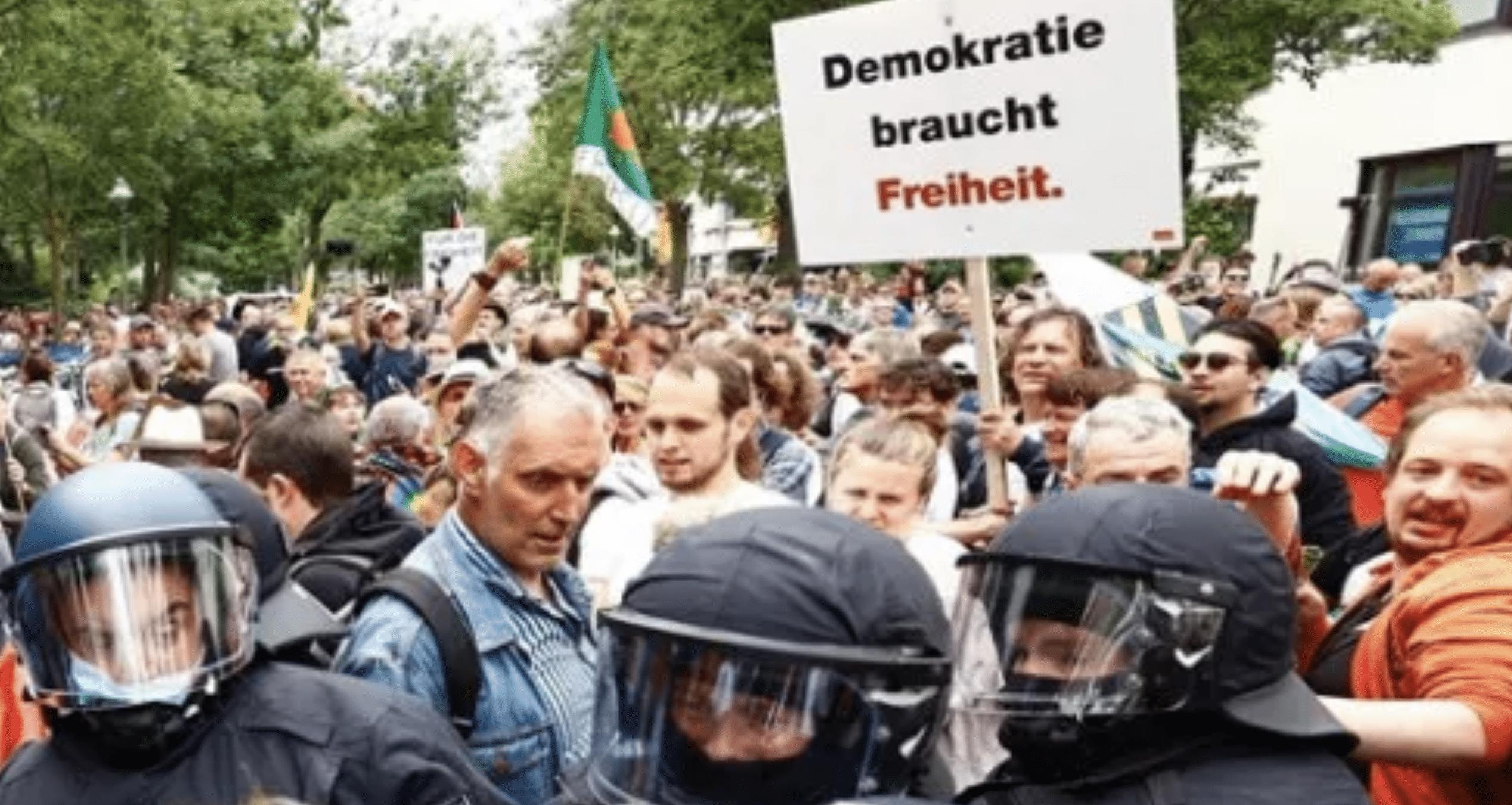 Demokratie braucht Freiheit